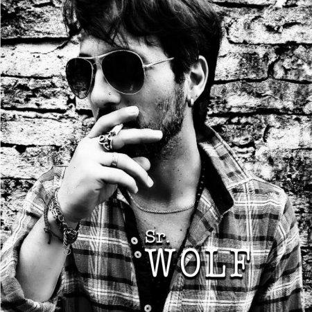 Sr Wolf